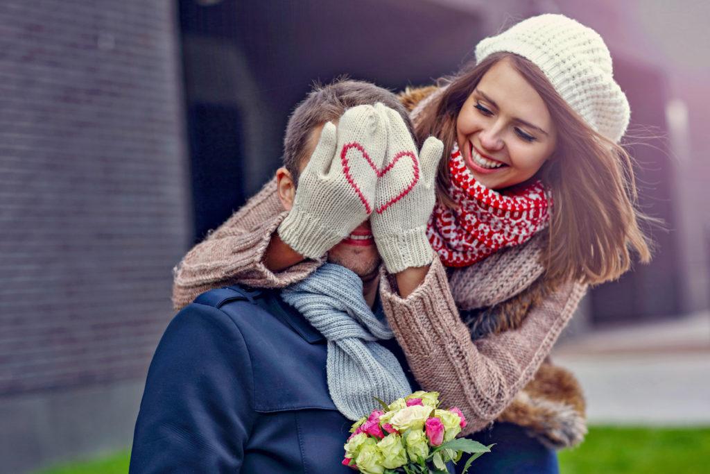 Der Valentinstag am 14. Februar ist die beste Gelegenheit, seinem oder seiner Liebsten das Wertvollste zu schenken, was man hat: gemeinsame Zeit. Romantischen Kurzurlaub schenken